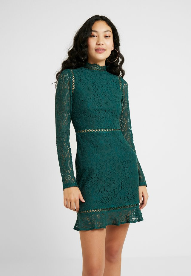 GENRY DRESS WITH OPEN BACK - Shift dress - green