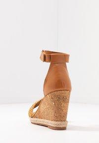 GANT - PELICANBAY  - Sandały na obcasie - fudge/caramel - 5