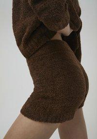 PULL&BEAR - Shorts - brown - 3