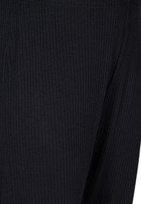 Zizzi - Teplákové kalhoty - black - 3