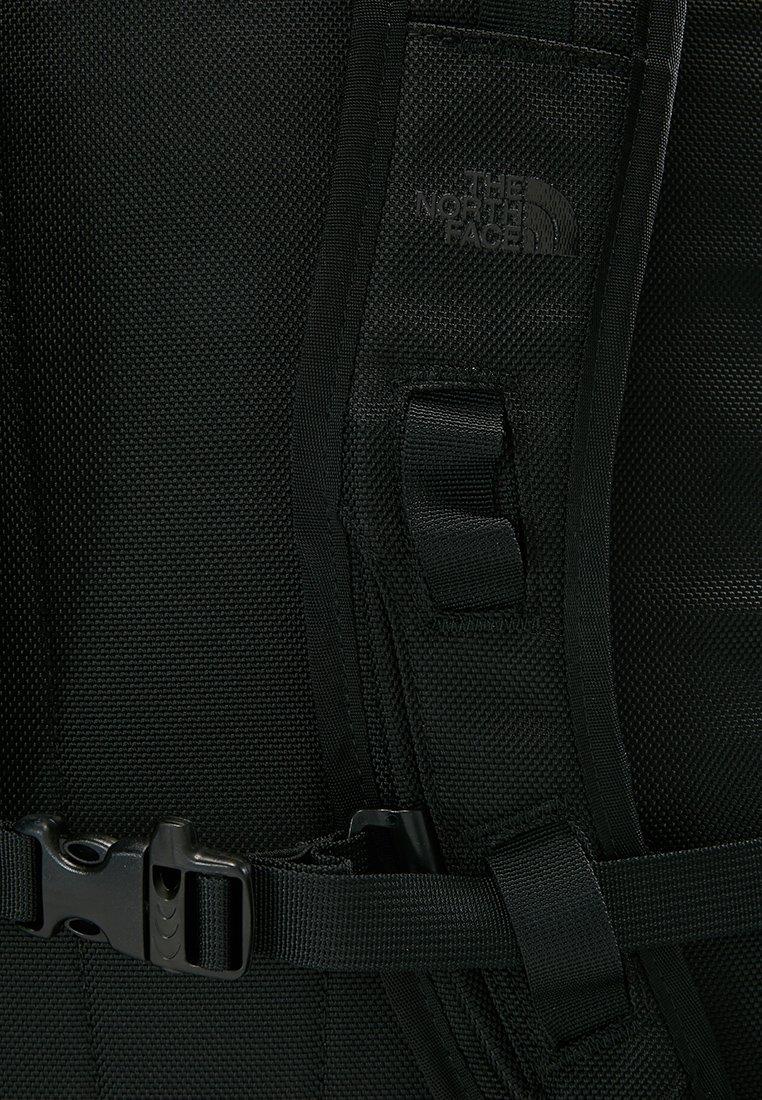 The North Face BASE CAMP FUSEBOX - Tagesrucksack - black/schwarz - Herrentaschen 3cbVo