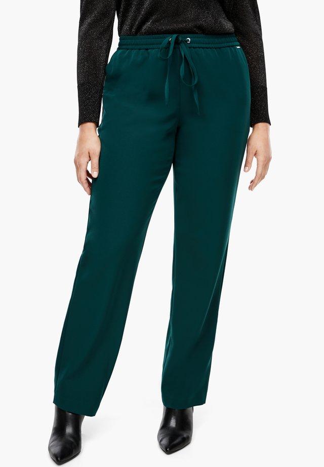 REGULAR FIT - Trousers - emerald