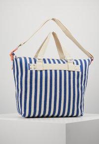 Esprit - TINA TOTE BAG - Shopping bags - bright blue - 2