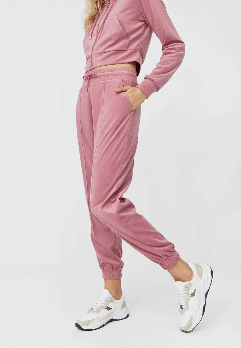 Stradivarius - Tracksuit bottoms - rose
