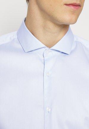 ERRIK - Formal shirt - light/pastel blue