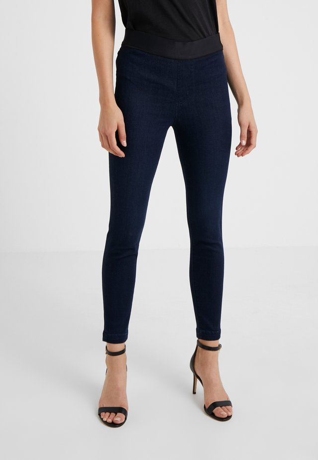 DELLAH HIGH RISE - Jeggings - aster