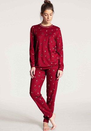 SET - Pyjamas - rio red