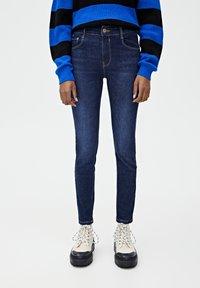 PULL&BEAR - PUSH UP - Jeans Skinny Fit - mottled dark blue - 0