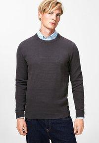 Produkt - PKTHNN  - Sweter - dark grey - 0