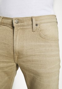 Lee - LUKE - Jeans slim fit - faded beige - 5