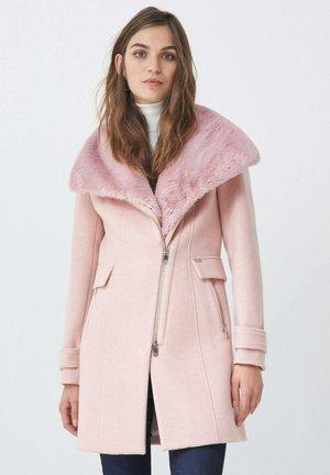 LISBOA - Short coat - rosa
