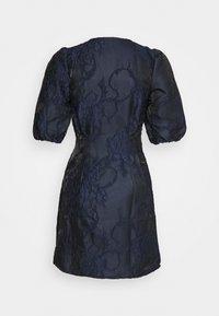 Vero Moda Petite - VMJACARLA SHORT DRESS - Sukienka koktajlowa - night sky - 1