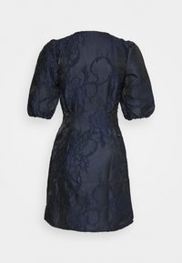 Vero Moda Petite - VMJACARLA SHORT DRESS - Vestido de cóctel - night sky - 1