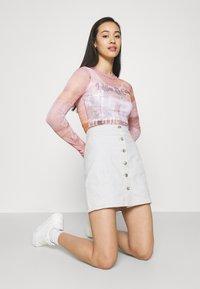 ONLY - ONLRUBY LIFE PANEL - Mini skirt - ecru - 3