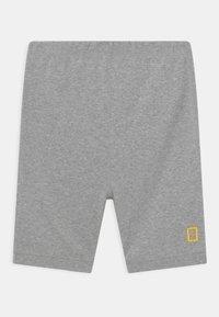 GAP - BOY NATIONAL GEOGRAPHIC TIGER - Pyjama set - optic white - 2