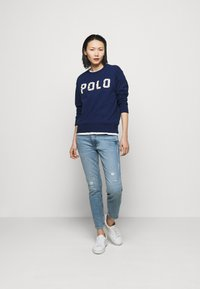 Polo Ralph Lauren - FEATHERWEIGHT - Mikina - holiday navy - 1