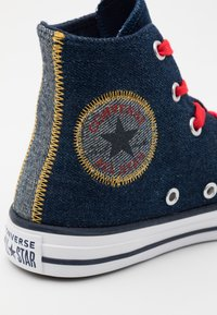 Converse - CHUCK TAYLOR ALL STAR UNISEX - Baskets montantes - obsidian/sunflower gold/university red - 5