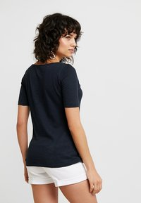 Marc O'Polo - SHORT SLEEVE BOAT NECK - Basic T-shirt - manic midnight - 3