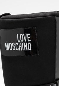 Love Moschino - SKI BOOT - Winter boots - black - 2