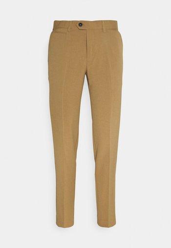 CLUB PANTS - Kalhoty - light brown