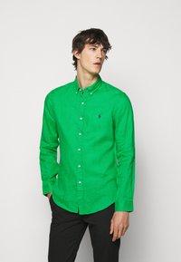 Polo Ralph Lauren - SLIM FIT LINEN SHIRT - Shirt - golf green - 0