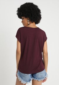 Vero Moda - VMAVA PLAIN - T-shirt basic - winetasting - 2