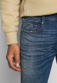 Replay - ROCCO - Straight leg jeans - dark blue - 4