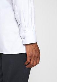 OLYMP Luxor - Luxor - Formal shirt - weiss - 4