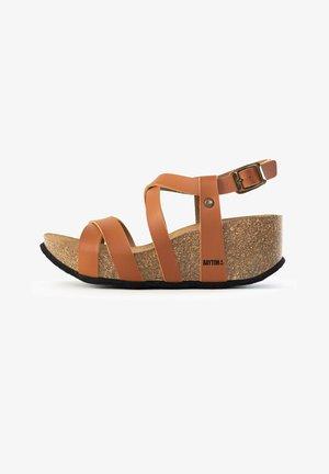 DORA - Platform sandals - camel