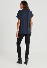 Culture - KAJSA - Basic T-shirt - blue - 2