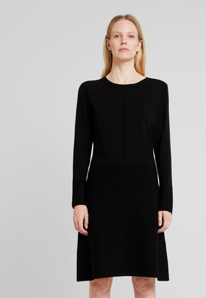 DRESS HIGHLIGHT - Strickkleid - pure black