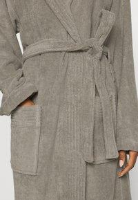 Vossen - VEGAN LIFE - Dressing gown - pepplestone - 4