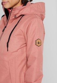 Volcom - FERN INS GORE - Snowboard jacket - mauve - 5