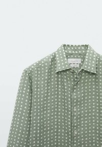 Massimo Dutti - SLIMFIT - Shirt - evergreen - 3