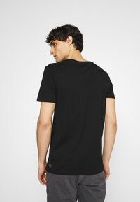 TOM TAILOR DENIM - 2 PACK - Basic T-shirt - black - 2