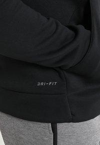 Nike Performance - Jersey con capucha - black/dark grey - 5