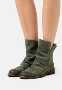Felmini - GREDO - Classic ankle boots - marvin birch - 0