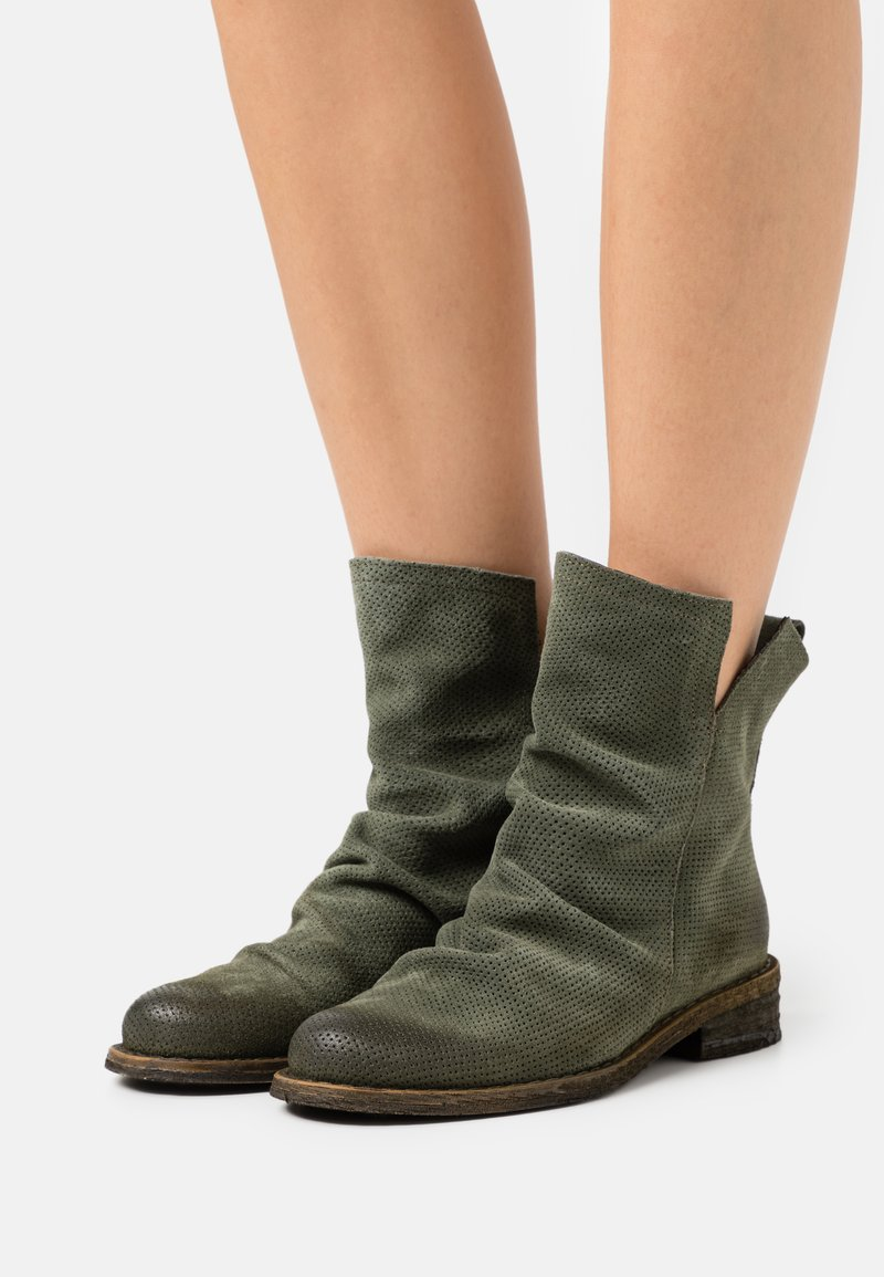 Felmini - GREDO - Classic ankle boots - marvin birch