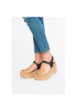Wedge sandals - 802