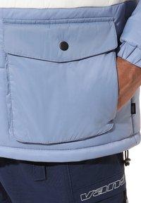 Vans - MN BURNS MTE - Winter jacket - drsbls/antiquewht/infnty - 2