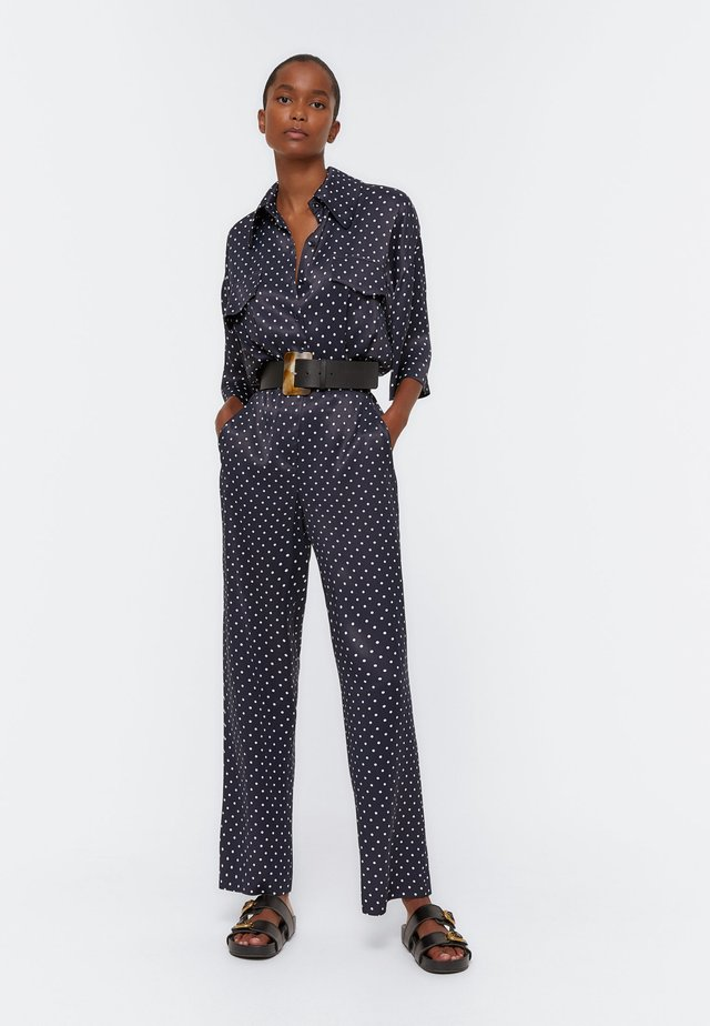 MIT TUPFENPRINT  - Tuta jumpsuit - dark blue