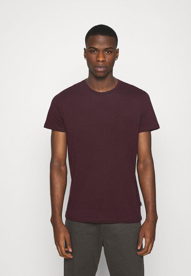 SHORT SLEEVE CREW 3 PACK - T-shirt - bas - indigo/burgundy/khaki