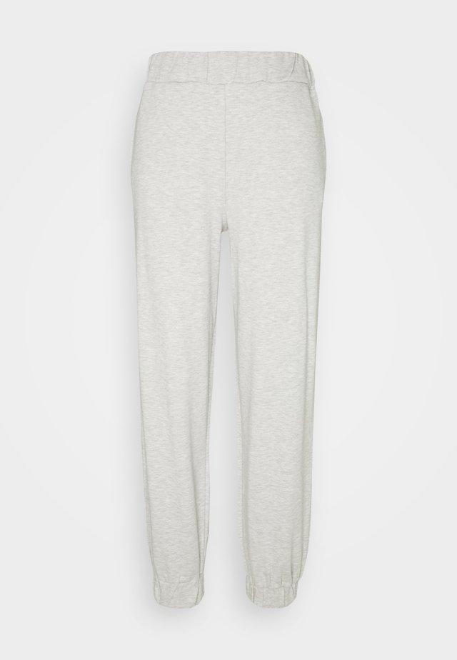 EMILIE MALOU X  NA-KD SOFT PANTS - Trainingsbroek - grey