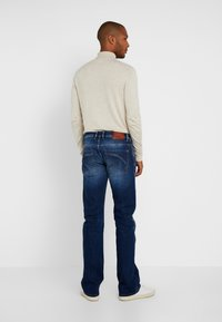 LTB - RODEN - Bootcut jeans - ridley wash - 2