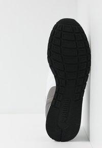 Puma - RUNNER - Sneakers - charcoal gray - 4