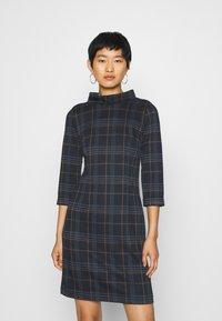 TOM TAILOR - DRESS EASY SHAPE - Denní šaty - navy/blue/camel - 0