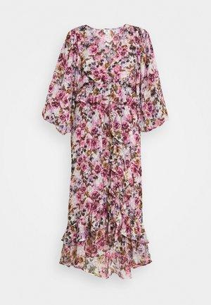 Robe d'été - rose