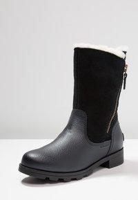 Sorel - EMELIE FOLD-OVER - Winter boots - black - 2