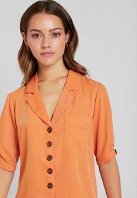 Fashion Union Petite - Blouse - saffron - 3