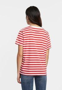 Desigual - Print T-shirt - red - 2